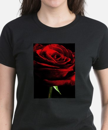 Red Rose of Love on Bla Women's Cap Sleeve T-Shirt