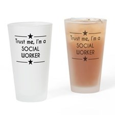 Trust Me Im A Social Worker Drinking Glass
