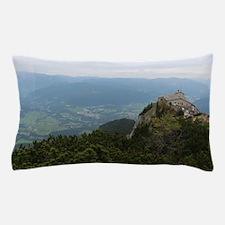 Unique The summit Pillow Case