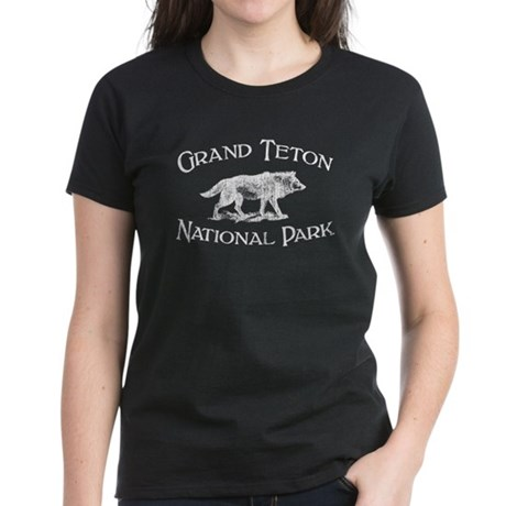 Grand Teton National Park (Wolf) Women's Dark T-Sh
