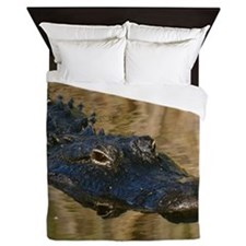 Alligator Swimming Queen Duvet