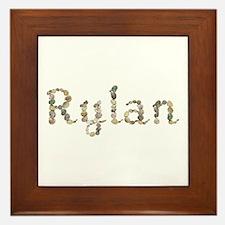 Rylan Seashells Framed Tile