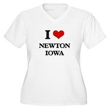 I love Newton Iowa Plus Size T-Shirt