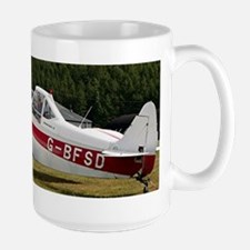 Low wing tricycle glider tow plane Mugs