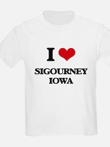 I love Sigourney Iowa T-Shirt