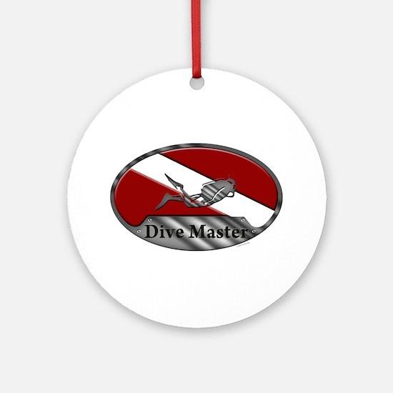 Dive Master (Oval) Ornament (Round)