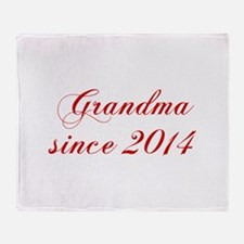 Grandma since 2014-Cho red2 170 Throw Blanket