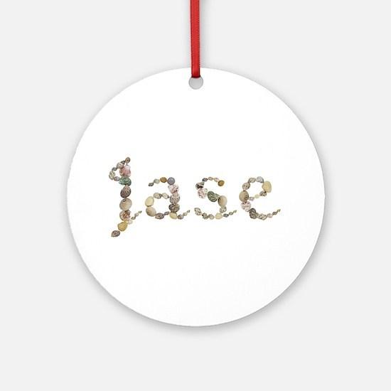 Jase Seashells Round Ornament