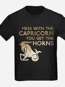 Capricorn Horns T