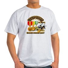 Navy - Seabee - Vietnam Vet - w Meda T-Shirt