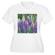 Maine Lupines Plus Size T-Shirt
