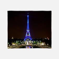 Cute Paris eiffel tower picture Throw Blanket