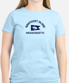 Nantucket - Massachusetts. Women's Light T-Shi