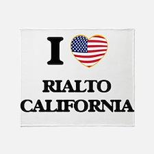 I love Rialto California USA Design Throw Blanket