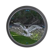 Landing Gull Wall Clock