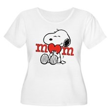 Snoopy Mom Hug Plus Size T-Shirt