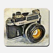 Vintage SLR camera with selenium meter Mousepad