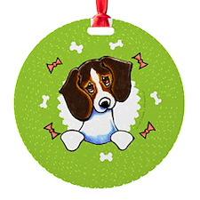 Tricolor Beagle Bones Wreath Ornament