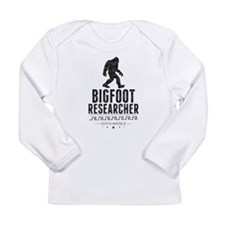 Bigfoot Researcher (Distressed) Long Sleeve T-Shir