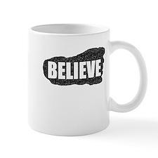 Believe Bigfoot Footprint (Distressed) Mugs