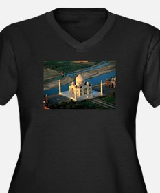 Taj Mahal Plus Size T-Shirt