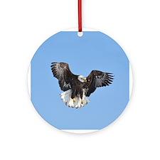 Eagle fluttering Ornament (Round)