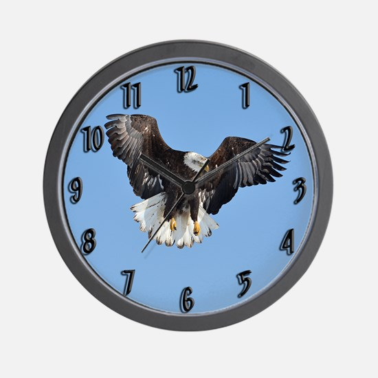 Eagle fluttering Wall Clock
