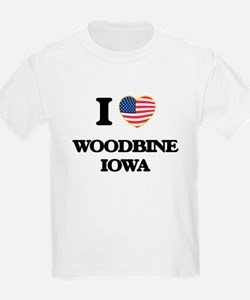 I love Woodbine Iowa T-Shirt
