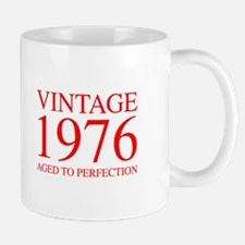 VINTAGE 1976 aged to perfection-red 300 Mugs