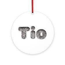 Tio Wolf Round Ornament