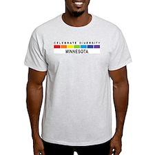 MINNESOTA - Celebrate Diversi T-Shirt