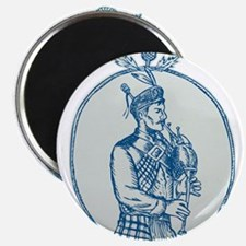 Scotsman Bagpiper Playing Bagpipes Etching Magnets