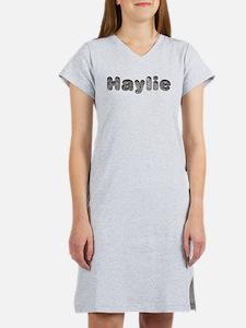 Haylie Wolf Women's Nightshirt