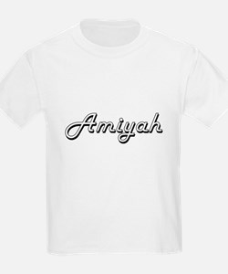 Amiyah Classic Retro Name Design T-Shirt