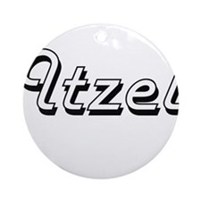 Itzel Classic Retro Name Design Ornament (Round)