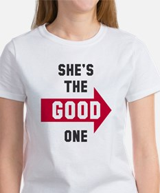 She's the good one bad one Women's T-Shirt