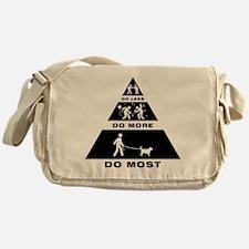 Grand Basset GV Messenger Bag