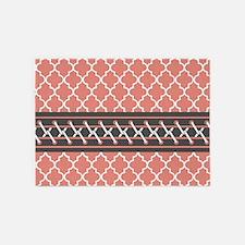 Coral Gray Quatrefoil Pattern 5'x7'Area Rug