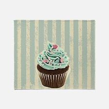 retro pattern cute cupcake Throw Blanket