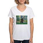 Bridge / Black Pug Women's V-Neck T-Shirt