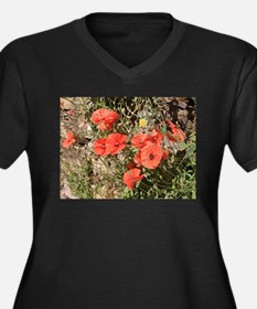 Poppies growing on El Camino, Sp Plus Size T-Shirt