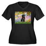Garden / Black Pug Women's Plus Size V-Neck Dark T