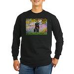 Garden / Black Pug Long Sleeve Dark T-Shirt