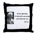 Mark Twain 4 Throw Pillow
