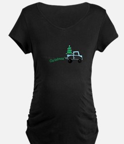 Christmas tree on truck car Maternity T-Shirt
