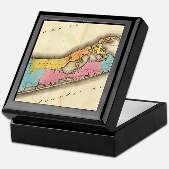 Vintage Map of Suffolk New York (1829 Keepsake Box