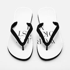 WORLD S OKAYEST MOM-Bau gray 500 Flip Flops