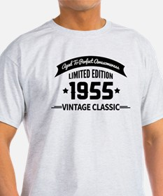 Birthday Born 1955 Aged To Perfectio T-Shirt