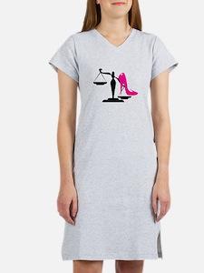 Heel&Scale 1 Women's Nightshirt