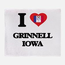I love Grinnell Iowa Throw Blanket